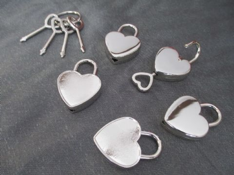 Set of Five Heart Shaped Padlocks and 2 x Keys Per Padlock